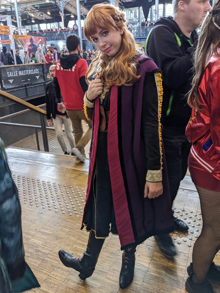 Cosplay Anna Reine des Neiges Comic Con Paris 2019